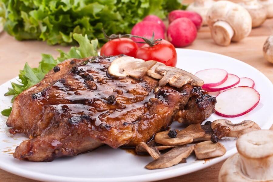 Peppercorn Steak With Mustard-Wine Sauce - DP