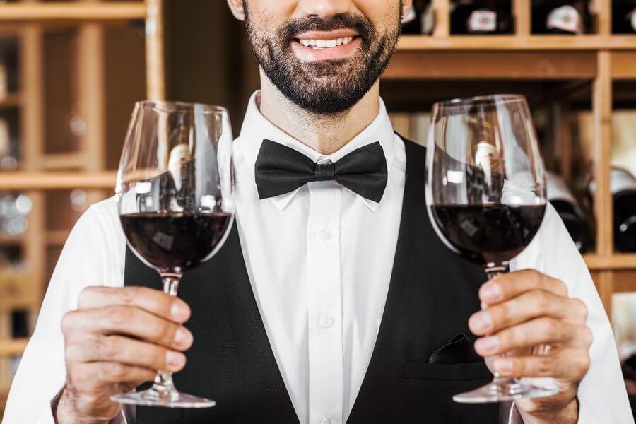 Robert Parker Wine Advocate & American Wine Critic dp