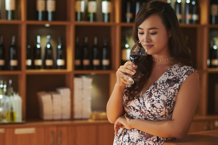Women's Japanese Wine Awards dp (1)