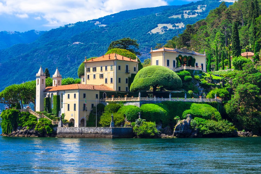 Best Prosecco Wine Top 10 -An Amazing view in an Italian Wine Region!